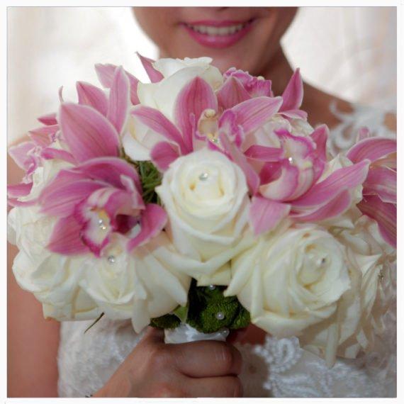 Ramo de novia con orquideas